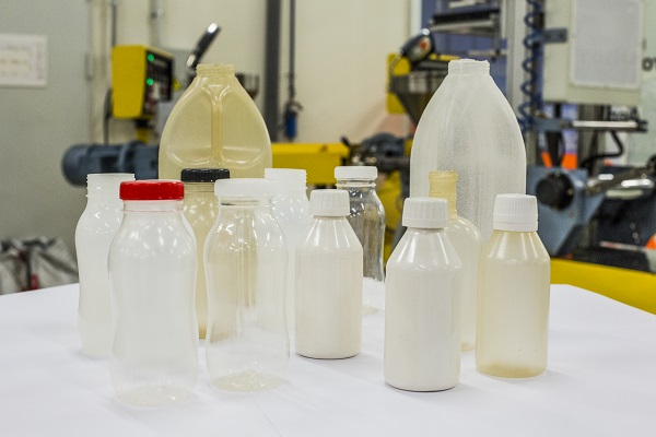 Plásticos biodegradables y biobasados